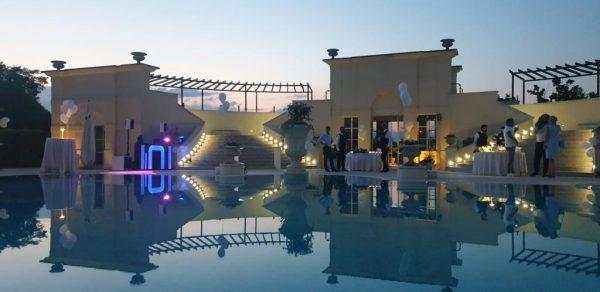 Swimming pool Villa Corner